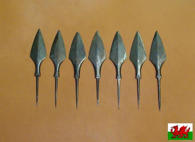 Сделать в домашних условиях наконечники для стрел из чего
